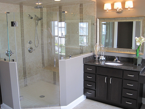 real estate renovation advice bathroom trends worth trying